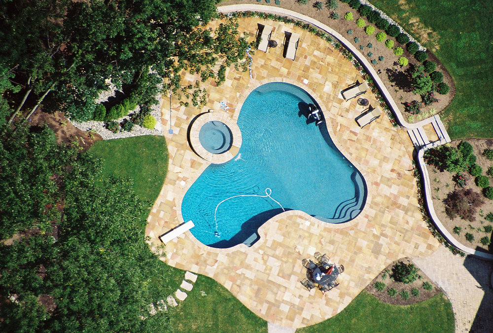 Picture of a pool taken from above. Beautiful.