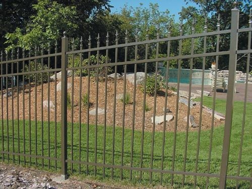 Pool Compliant Fencing (2)