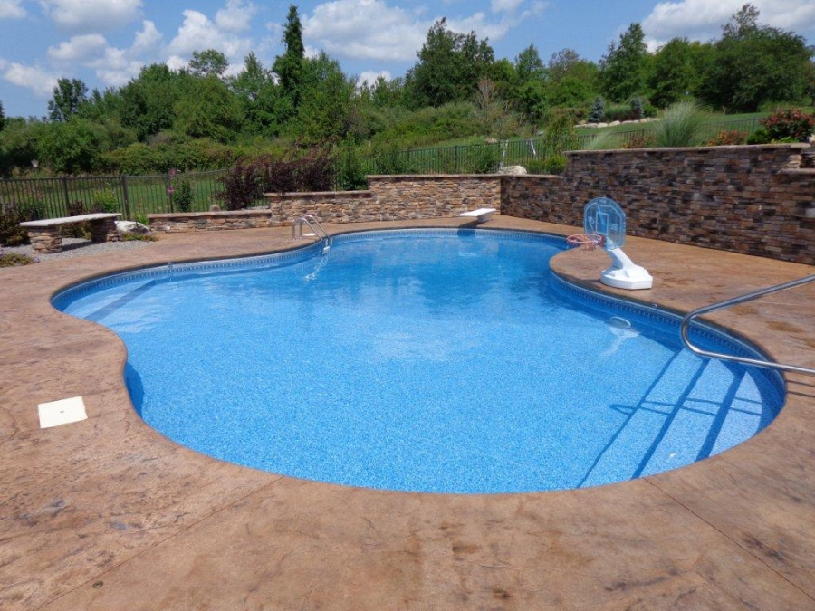 Vinyl Liner In-Ground Pool with Beautiful Brown Tiles
