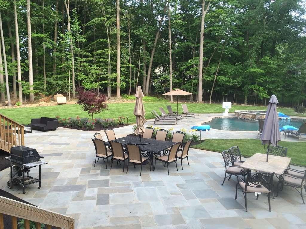 perfect-decking-job-backyard-dream