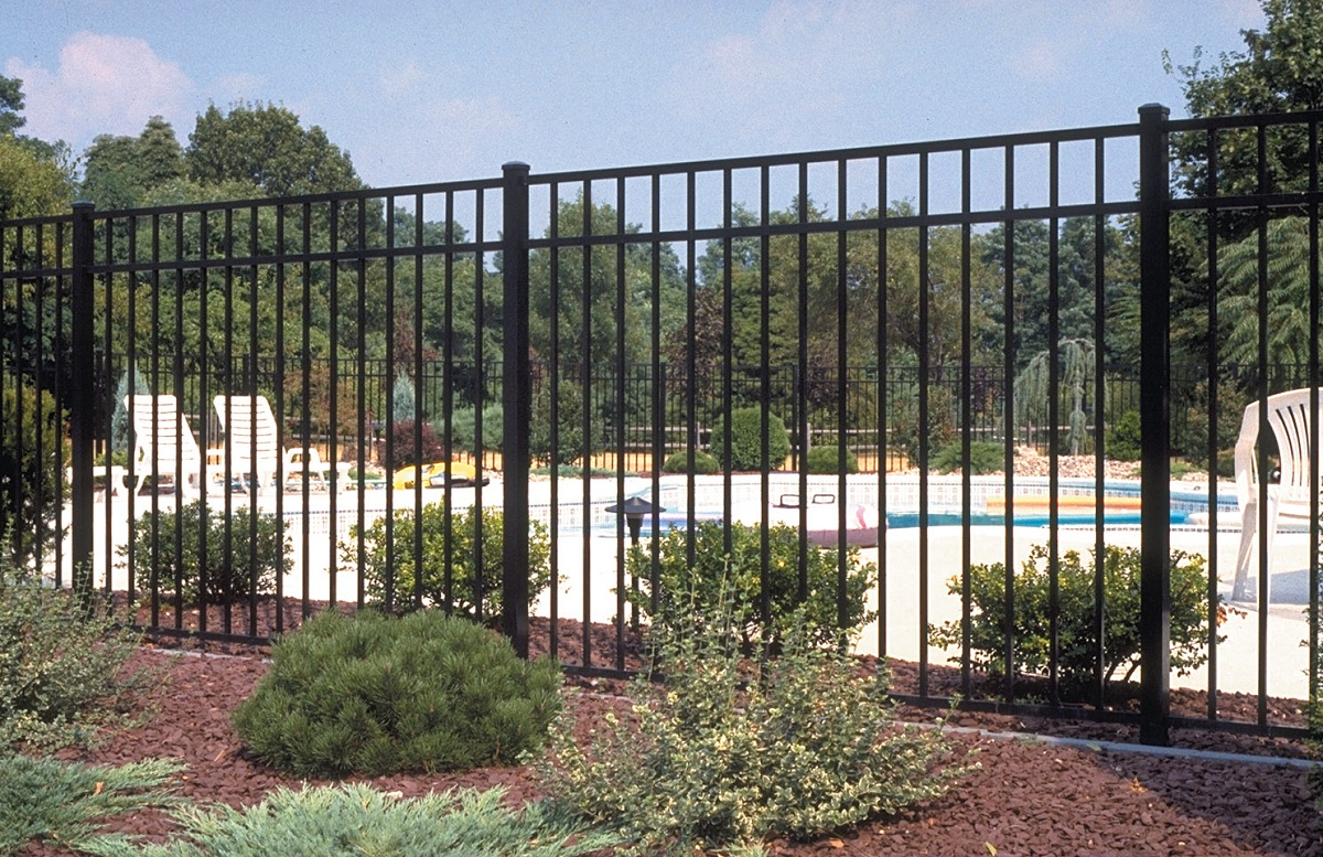 Levco Pools - Fencing Work